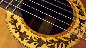 Raspagni classical guitar - Photo by Francesco Iannuzzelli